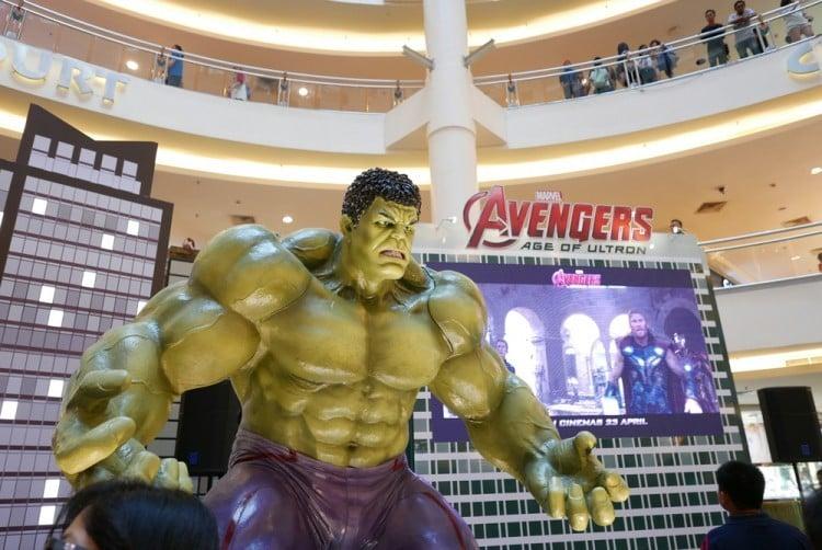 ultron, age, the, lucca, thailand, model, marvel, america, gate, fun, 2, fanboy, white, 1, movie, italy, atlanta, hulk, hero, 30, comic, holiday, may, character, superhero,